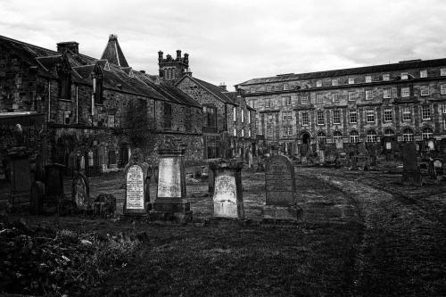 Greenside Cemetery in Alloa, Clackmannanshire - Photo by Jimmy Peggie