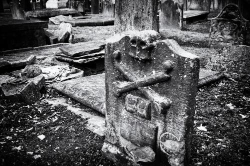 The Howff Burial Ground - Dundee, Scotland.  Photo by Jimmy Peggie